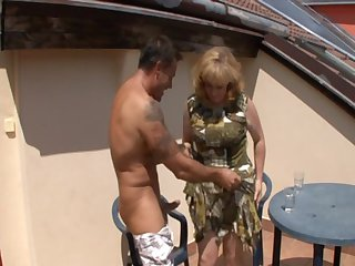 Omas Alt Versaut Fickgierig (Full Movie - 4 Scenes)