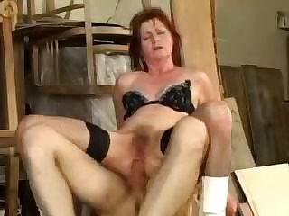 Mature granny oma fucked anal