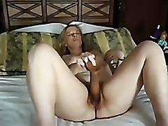 mature cumming not susceptible big dildo