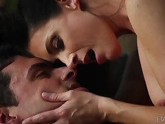 Sensual sex with magnificent MILF India Summer