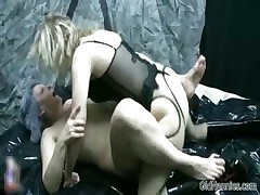 Nasty old woman goes meaningless fucking part2