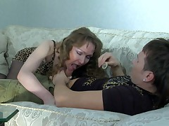 Leila and Rolf mature pantyhose action
