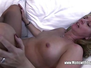Horny Masturbating Stepson Caught And Fucked Unconnected with Stepmom