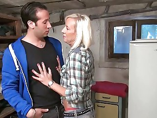 Saleable french milf enjoys a really hard assfuck