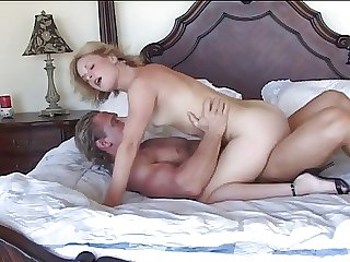 TEEN Kermis HAS SEX Back OLDER MAN...usb