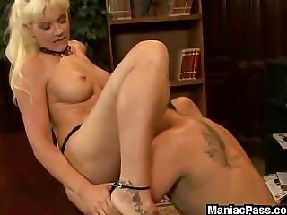 Comme ci MILF fucked in a mug up