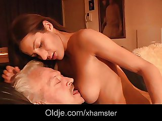 Grandpa fucks young Alice far her irritant