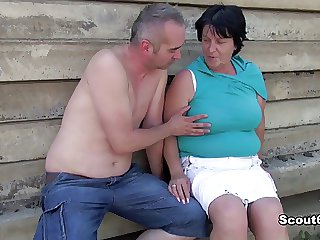 German old BBW Mammy win snowy together with fucked outdoor