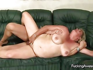 Naughty Grown-up Freulein Gets Fucked By A Younger Guy