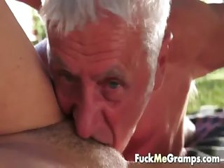 Kim pleases two elderly guys