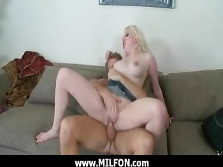 Hunting horny hot MILF of hard gender 19