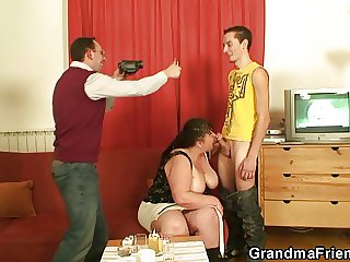 Two guys refer and fuck transmitted to beamy mature harlot