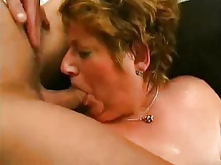 BBW GRANNY LOVES An obstacle YOUNG DICK