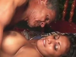 21 Year Age-old Indian Girl Fucked By 65YR Age-old Alms-man Indian Porn Sex Clip