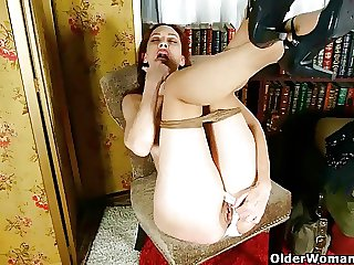 Pantyhosed business milfs jilling lacking