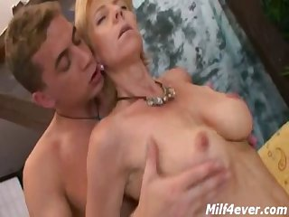 Light-complexioned Mature Gets Fucked