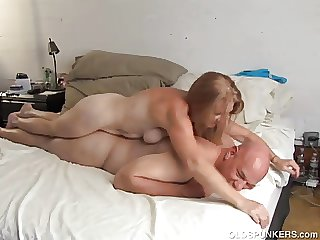 Lickerish old spunker is super hot be hung up on with an increment of loves cum