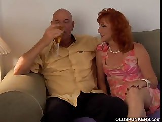 Sexy mature red tripper Sasha is a squirter