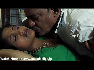 Telugu Bhabhi Hot Romance not far from Padre Video