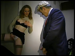 Sharon fait la pute a la cave A75