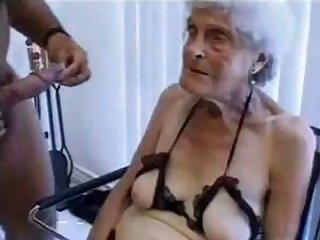 Hideous old granny gets fucked