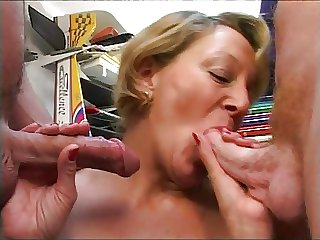 French Matured having a threesome