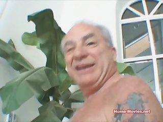 Magnificent Hot Chick Sucks Dick