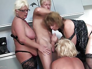 Young little shaver fucks 3 down in the mouth Matriarch mom and Matriarch