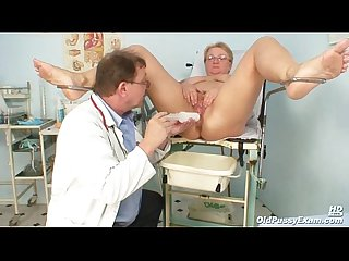 Mature chubby Radka gyno pussy send back exam