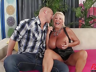 busty pretty good GILF Mandi McGraw enjoys some weasel words