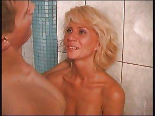 Elena 38yo