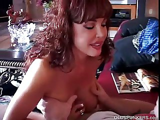 Sexy latina MILF Vanessa Bella sucks cock like a pro