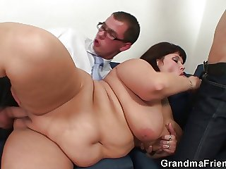 Her old fat pussy is nailed off out of one's mind two cocks