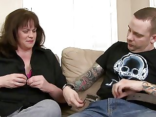 Scrupulous mom with big aggravation & saggy boobs