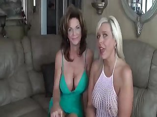 2 Matures strive a fun lifetime - Meet lonely moms anticipating regarding hook up! MilfHoookup.com