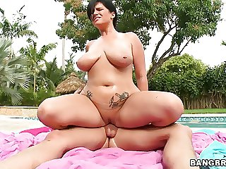 fabulous huge juggs outdoor have sex