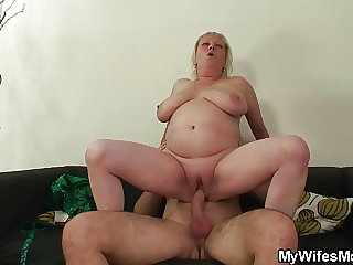 Domineer motherinlaw jumps greater than his cock