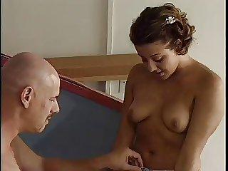 Leena Fulfills, Bella Morena Hermosa Perra