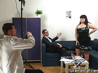 Old fatty takes two dicks token photosession