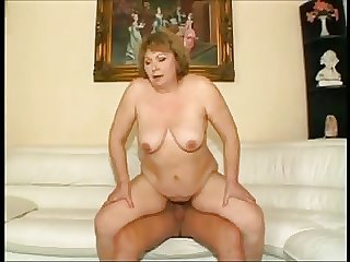 HUNGARIAN BBW GRANNY FUCKED Surpassing A catch Davenport (ANAL)