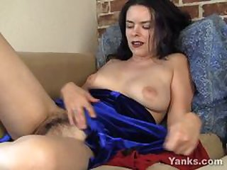 EuropeMature Grown up cougar Amy toy blissfulness
