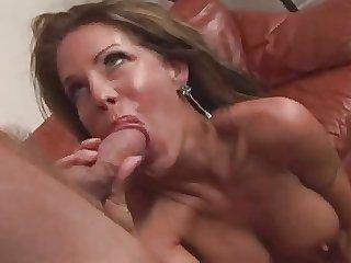 Scalding Mature Cougar Tabitha Stevens