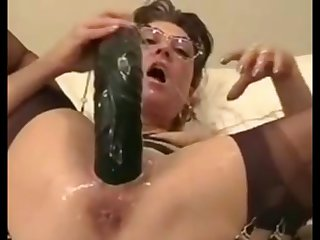 absolutely penetrated cunt of 45 age old Anita