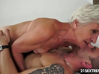 Gorgeous GILF Aliz be sorry for blast with a big young cock