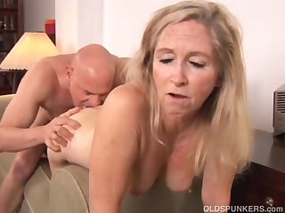 Beautiful of age blonde Annabelle Brady loves to fuck