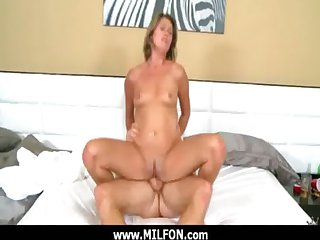Beautiful MILF Hottie Hunter loves to lady-love 3