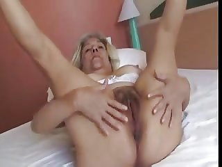 Tow-haired Old Lady With Unerring Knockers Fucks A Rubber Dildo Glaze