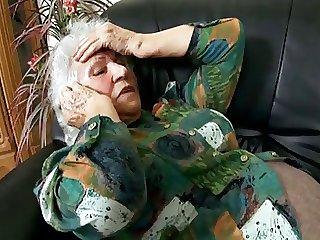 Horny Granny Proves seduces a Black Taint