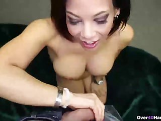 Be in charge sexy mature piece of baggage handjob