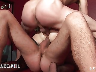 Double probingly vaginales herd cette vieille mature